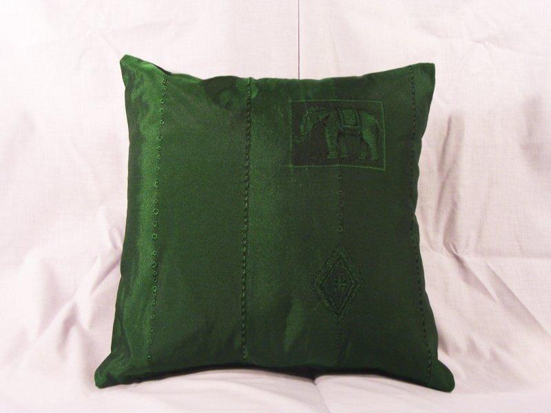 Coussin en taffetas vert